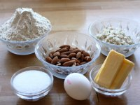 Golden Strips Bean Dregs Almond Cake images1